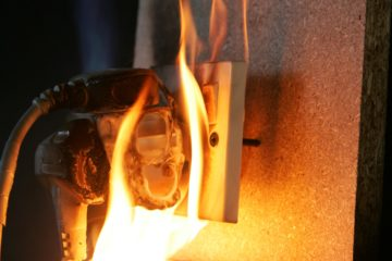 Faulty wiring causes fire